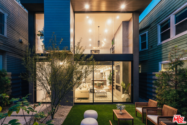 4 Bedrooms, Windward Circle Rental in Los Angeles, CA for $15,000 - Photo 2