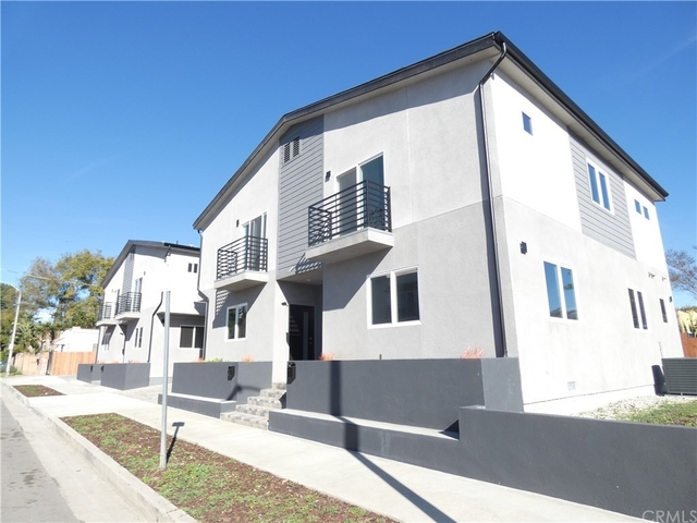 3 Bedrooms, NoHo Arts District Rental in Los Angeles, CA for $3,475 - Photo 1