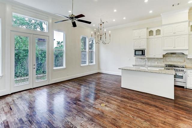 4 Bedrooms, Sherwood Estates Rental in Houston for $3,500 - Photo 2