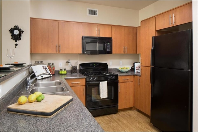 1 Bedroom, Warner Center Rental in Los Angeles, CA for $2,110 - Photo 2