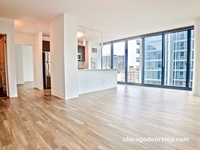 3 Bedrooms, River North Rental in Chicago, IL for $6,246 - Photo 1