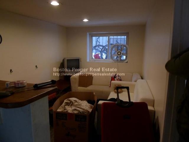 2 Bedrooms, St. Elizabeth's Rental in Boston, MA for $2,050 - Photo 2