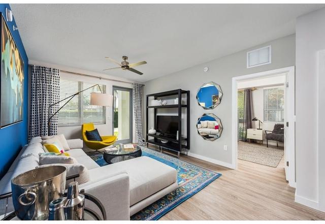 1 Bedroom, Hallandale Beach Rental in Miami, FL for $1,554 - Photo 2