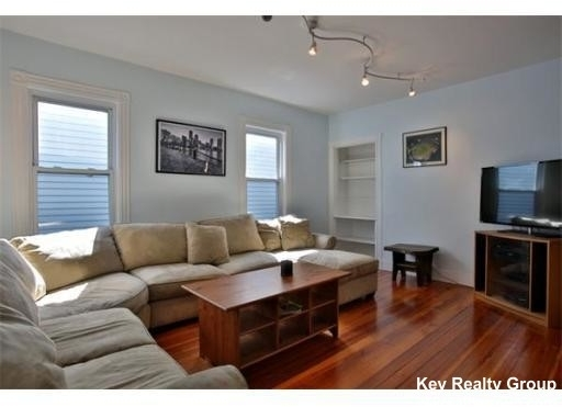 3 Bedrooms, Columbus Park - Andrew Square Rental in Boston, MA for $3,300 - Photo 1