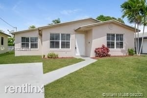 3 Bedrooms, West Park Rental in Miami, FL for $1,835 - Photo 1