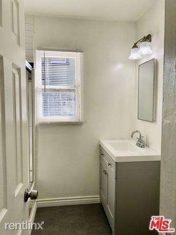 1 Bedroom, Angelino Heights Rental in Los Angeles, CA for $2,750 - Photo 2