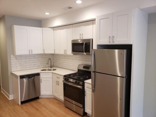 3 Bedrooms, West De Paul Rental in Chicago, IL for $2,500 - Photo 1
