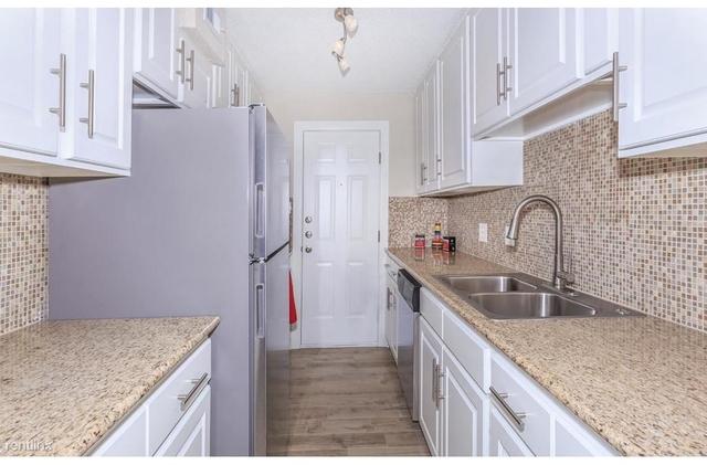 4 Bedrooms, Oak Forest - Garden Oaks Rental in Houston for $1,830 - Photo 1