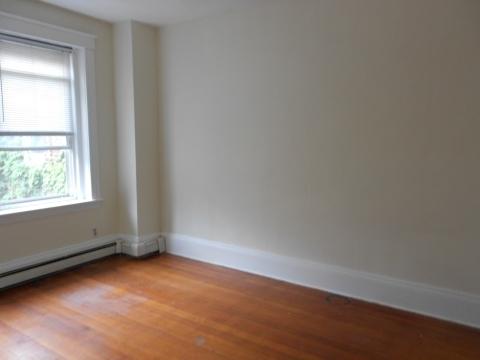 2 Bedrooms, Washington Square Rental in Boston, MA for $2,500 - Photo 2