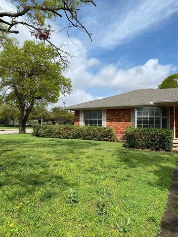 3 Bedrooms, Hillcrest Forest Rental in Dallas for $2,500 - Photo 2