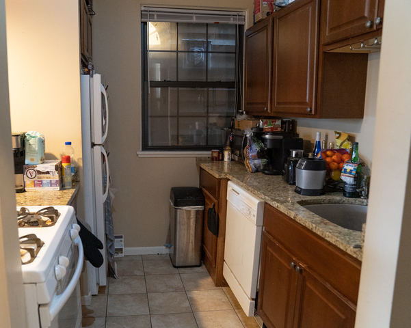 2 Bedrooms, Ranch Triangle Rental in Chicago, IL for $2,150 - Photo 2