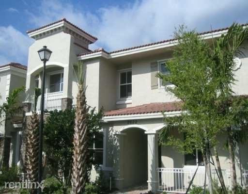 2 Bedrooms, Hampton Park Rental in Miami, FL for $1,650 - Photo 1