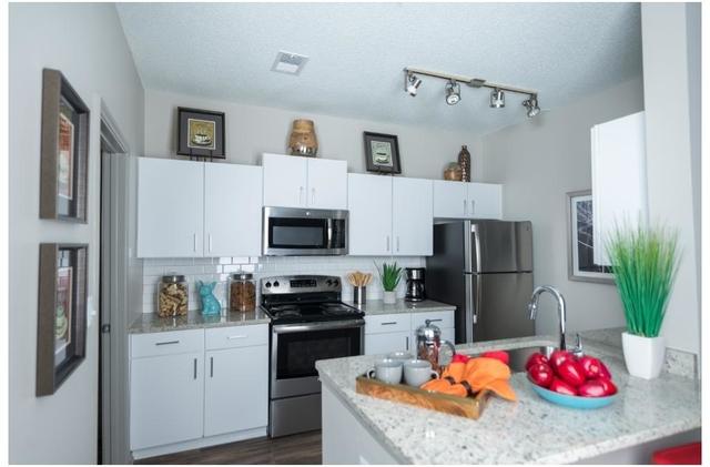 2 Bedrooms, Wembley Hall Rental in Atlanta, GA for $1,445 - Photo 2