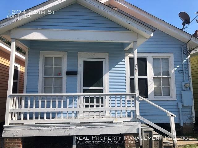 2 Bedrooms, Old Silk Stocking Historic District Rental in Houston for $850 - Photo 1