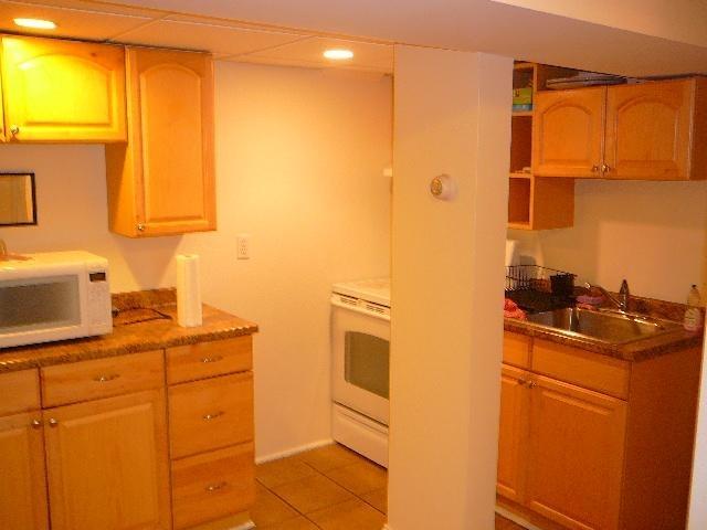 2 Bedrooms, Oak Square Rental in Boston, MA for $1,950 - Photo 2