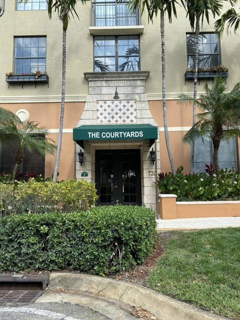 2 Bedrooms, Courtyards in Cityplace Condominiums Rental in Miami, FL for $1,675 - Photo 1