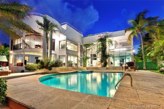 6 Bedrooms, Mashta Island Rental in Miami, FL for $18,000 - Photo 2
