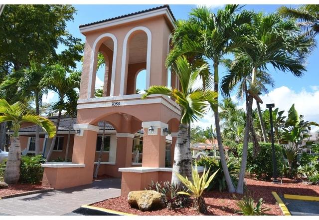 1 Bedroom, Rossland Rental in Miami, FL for $1,160 - Photo 1