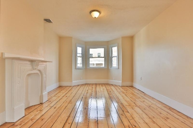 5 Bedrooms, Medford Street - The Neck Rental in Boston, MA for $4,400 - Photo 1