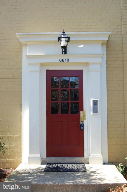 2 Bedrooms, Belle Haven Rental in Washington, DC for $1,700 - Photo 2