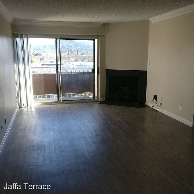 2 Bedrooms, NoHo Arts District Rental in Los Angeles, CA for $2,650 - Photo 1