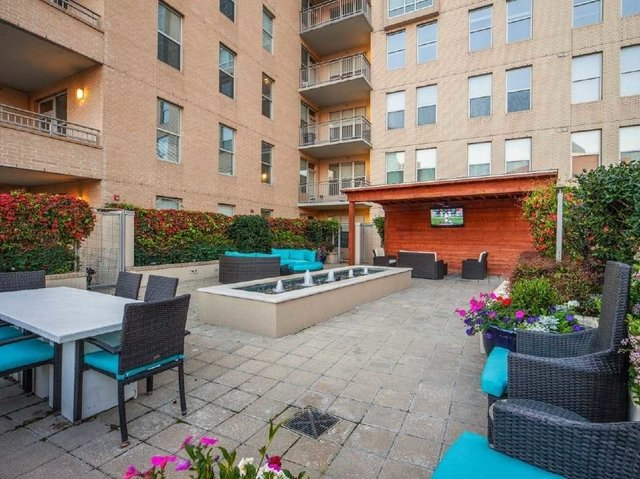 2 Bedrooms, Victory Park Rental in Dallas for $2,487 - Photo 1
