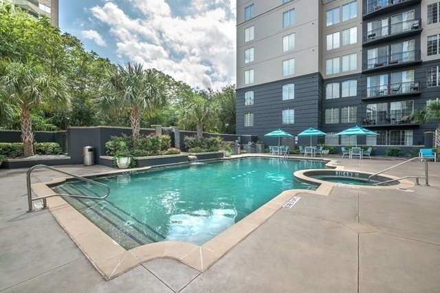 2 Bedrooms, Uptown Rental in Dallas for $1,959 - Photo 1