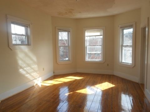 6 Bedrooms, Brookline Village Rental in Boston, MA for $4,500 - Photo 1