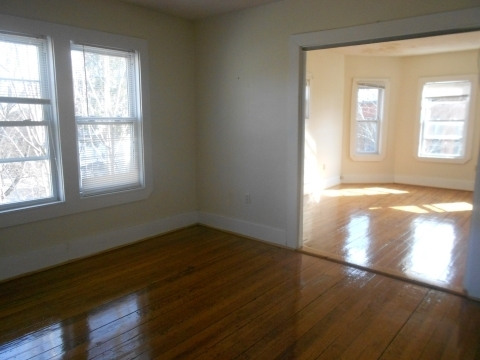 6 Bedrooms, Brookline Village Rental in Boston, MA for $4,500 - Photo 2