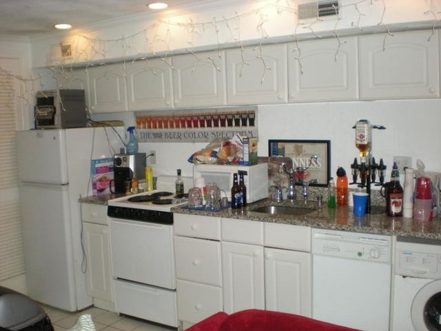 2 Bedrooms, North End Rental in Boston, MA for $2,700 - Photo 1