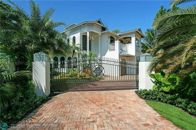 4 Bedrooms, Coral Ridge Rental in Miami, FL for $12,999 - Photo 1