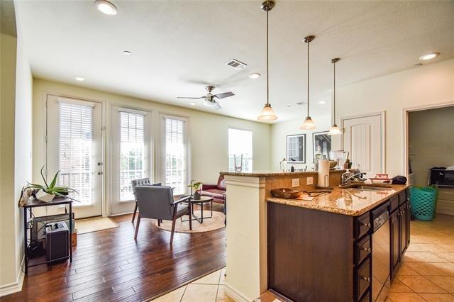 1 Bedroom, Upper West Side Rental in Dallas for $1,395 - Photo 1