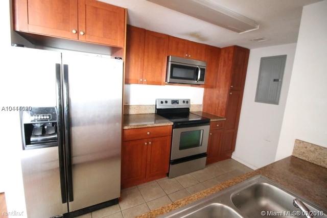 2 Bedrooms, East Little Havana Rental in Miami, FL for $1,690 - Photo 2