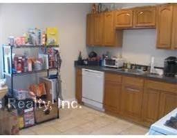 2 Bedrooms, Oak Square Rental in Boston, MA for $2,300 - Photo 2