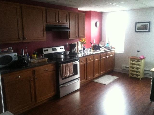 3 Bedrooms, Central Maverick Square - Paris Street Rental in Boston, MA for $2,600 - Photo 1