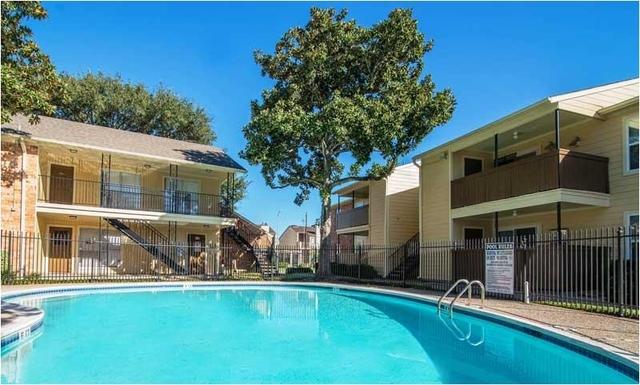 1 Bedroom, Fondren Southwest Bellfort Square Rental in Houston for $695 - Photo 2
