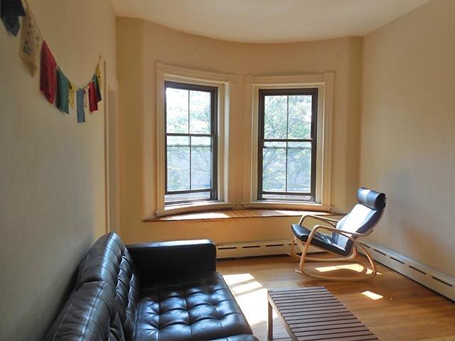 2 Bedrooms, Wellington - Harrington Rental in Boston, MA for $2,200 - Photo 2
