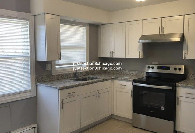 2 Bedrooms, Riverdale Rental in Chicago, IL for $1,100 - Photo 1