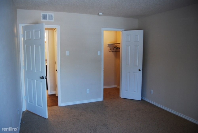 1 Bedroom, Merriwood Apartments Rental in Dallas for $975 - Photo 2