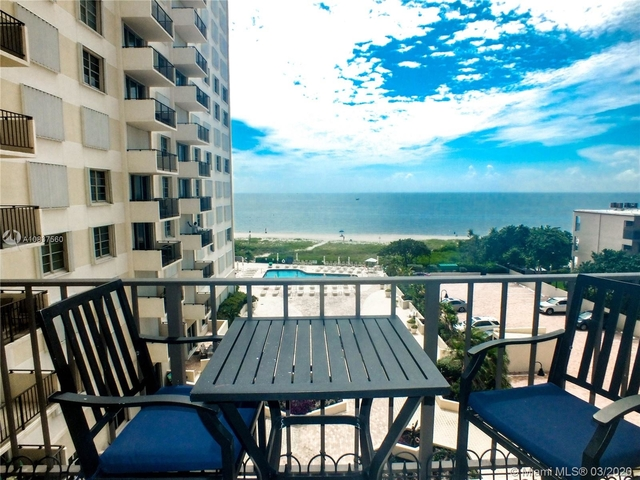 2 Bedrooms, Lauderdale-by-the-Sea Rental in Miami, FL for $2,500 - Photo 1
