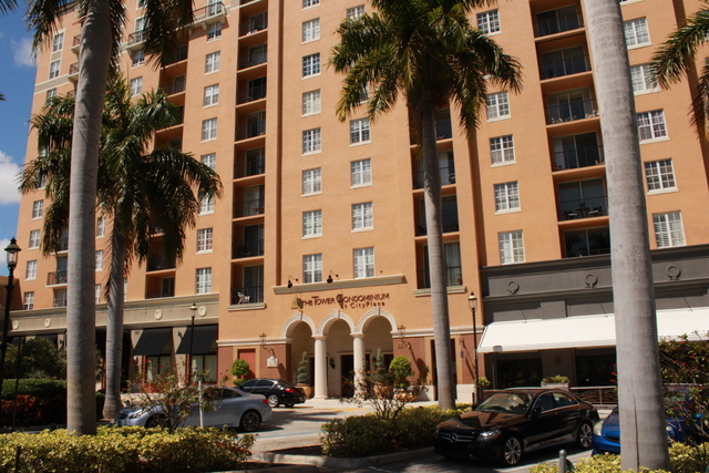 2 Bedrooms, Courtyards in Cityplace Condominiums Rental in Miami, FL for $1,800 - Photo 2