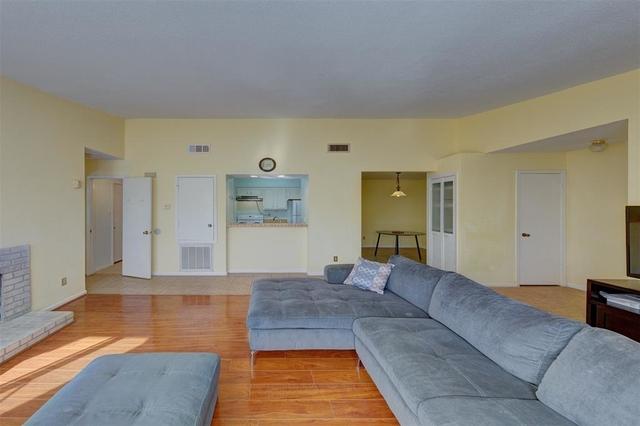 1 Bedroom, Cambridge Glen Condominiums Rental in Houston for $1,050 - Photo 2