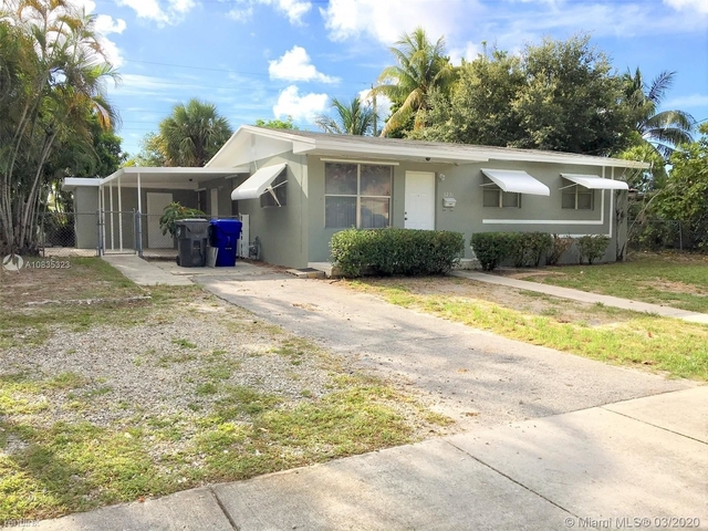 3 Bedrooms, West Park Rental in Miami, FL for $1,700 - Photo 1