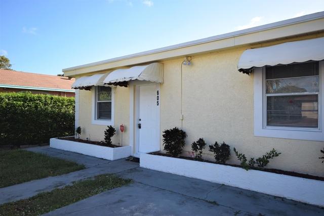 2 Bedrooms, Osceola Park Rental in Miami, FL for $1,800 - Photo 2