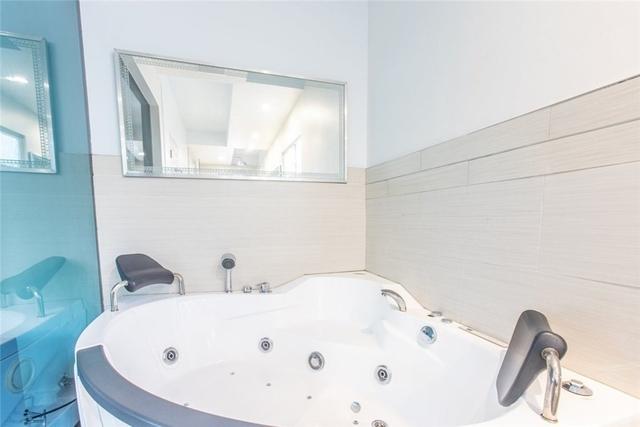 1 Bedroom, Sherman Oaks Rental in Los Angeles, CA for $2,499 - Photo 2