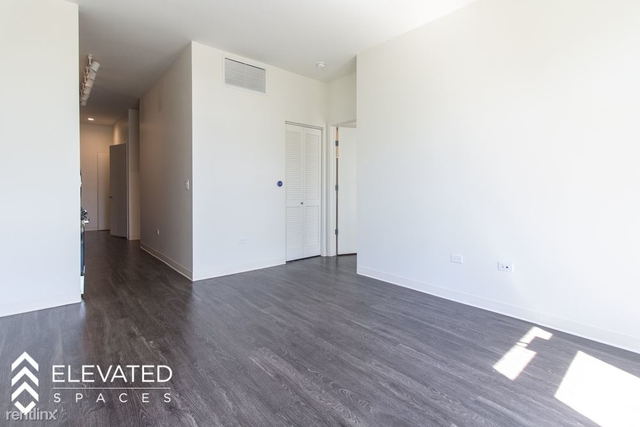 2 Bedrooms, Goose Island Rental in Chicago, IL for $2,725 - Photo 2