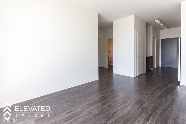 1 Bedroom, Goose Island Rental in Chicago, IL for $2,100 - Photo 2