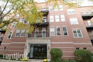 2 Bedrooms, Old Town Rental in Chicago, IL for $3,150 - Photo 1