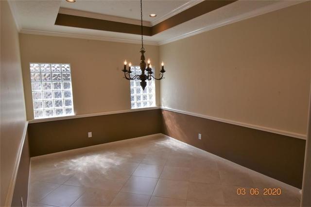 3 Bedrooms, University Park Rental in Houston for $2,100 - Photo 2