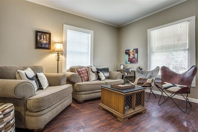 2 Bedrooms, North Side Rental in Dallas for $1,499 - Photo 2
